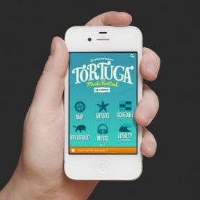 TOrtugaApp-iphone4-hand-v1-688x688